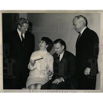 1968 Press Photo Mrs. Morton winner Sweepstakes Chicago - RRW63503