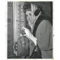 1962 Press Photo Weather Cold Stella Age Dearborn Affet - RRW39569