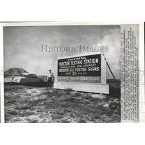 1954 Press Photo Reactor Testing Center motorists sign - RRX82875