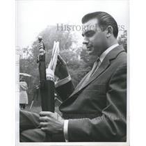 1958 Press Photo News Umbrella Frankfurt Germany - RRW32965
