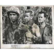 1949 Press Photo James Edwards N Battle Hymn W/ Rock Hudson - RSC37775