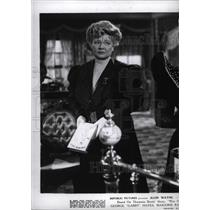 1943 Press Photo Marion Mitchell Morrison Actor Direct - RRW96161