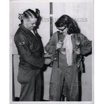 1957 Press Photo Denver Reporter Reva Cullen
