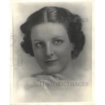 1936 Press Photo Marjorie ONeil America Lamoon Studio - RRX87347