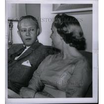 1958 Press Photo MC Stephen Nichols - RRX47399