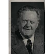 1949 Press Photo Joe Yule Actor Comedian - RRX45773