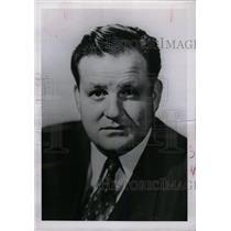 1956 Press Photo Alex Dreier American news reporter - RRW79969