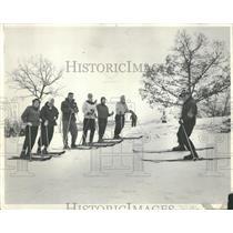 1957 Press Photo Skiers Wilmot Ski Hill Chicago