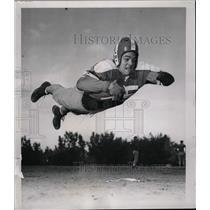 1950 Press Photo Dick Braun American Football Player - RRW73831