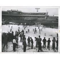 1954 Press Photo Winter Korakuen Stadium Tokyo Japan - RRX81699