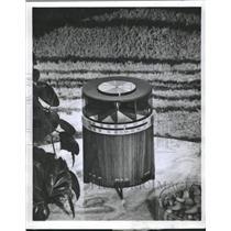 1970 Press Photo The Rondette Radio Zenith Walnut Color - RRW51087