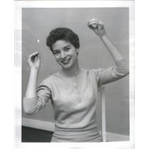 "1959 Press Photo Patsy Peterson Singing ""Trouble In Tahiti"" - RSC93915"
