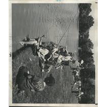 1949 Press Photo Denver Colorado City Park Fishing - RRX95085