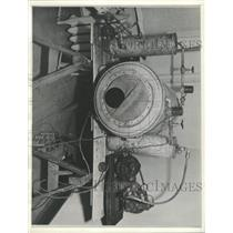 1937 Press Photo Garbage Can Becomes Iron Lung - RRX93145