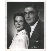 1951 Press Photo Elizabeth Hart Roen Host WMAQ Husband Louis Staff Announcer