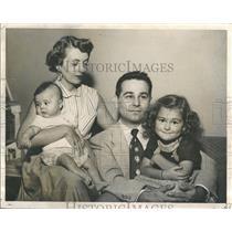 1953 Press Photo Milo Radulovich Family Katherine Diana