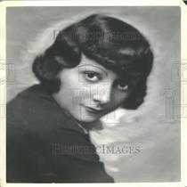 1934 Press Photo Gloria Lavey Beauty Box Fred Allen