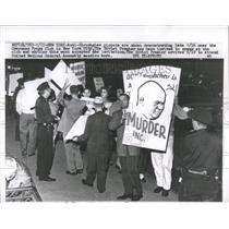 Press Photo Anti-Khrushchev Pickets