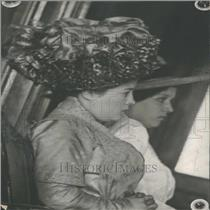1900 Press Photo Mrs Kurth