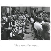 1991 Press Photo Gwen Smerekar Madeira Beach Protestant