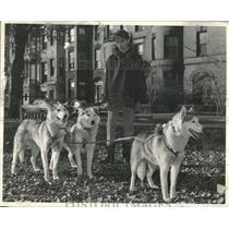 Scott Dennison with his dogs, ready for the Dog Show.