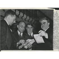 1939 Photo Miners Present Demands To Operators