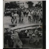 1965 Press Photo Panama City workers strike - RRX70649