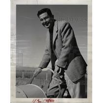 1954 Press Photo Eddie Mehlin Claims Aviation - RRW24955