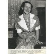 1936 Press Photo Charlotte Edward Winner of Decathlon in Berlin. - RSC82517