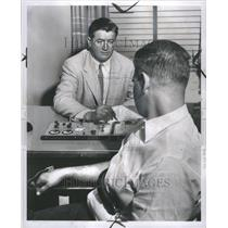 1953 Press Photo Det Sgt Howard Whaley Calvin Lapien