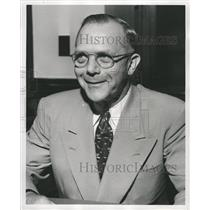 1951 Press Photo Chief Intelligence Unit Henry Sunball - RRW28181