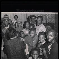 1961 Press Photo Typhoid Fever Shots Administration - RRW59643