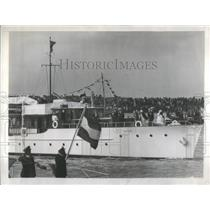 1948 Press Photo Queen Wilhelmina Inspection Amsterdam Princess Julianne Yacht