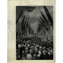 1933 Press Photo Illinois Way Chicago world Fair People - RRW75109