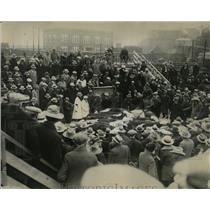 1929 Press Photo Denver Post Staff Mama Papa Cow cattle - RRX61525
