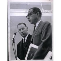 1966 Press Photo Thomas W. Leonard charged with assault - RRX47933