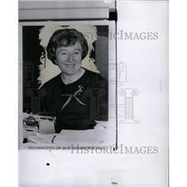 1962 Press Photo Mrs Sarah McClendon News Correspondet - RRW13029