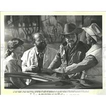 """1980 Press Photo Cast in """"Smokey and the Bandit II"""""""