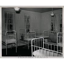 1949 Press Photo Children's Hospital