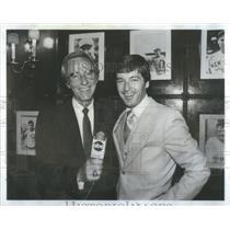1982 Press Photo Chris Schenkel American Sportscaster - RSC56013