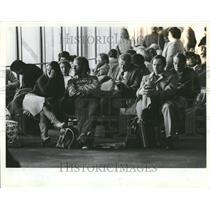 1983 Press Photo O'Hare Airport Waiting Area - RRV43955