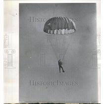 1964 Press Photo Stunt Man Rod Pack Airplane Jump - RRV64593