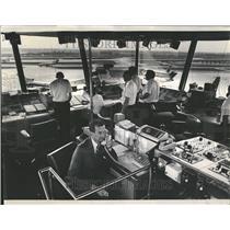 1968 Press Photo Daniel Vucrevich FAA O'Hare Airport - RRV44641