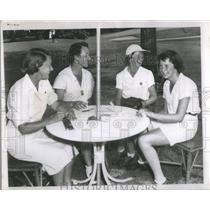 1950 Press Photo Womens Western Golf Association Members Meet Price Butler