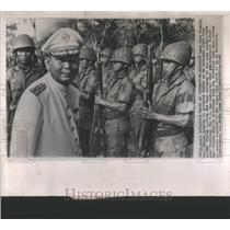 1963 Press Photo Rightist Laos Vice Premier Inspects His Troops. - RSC53013