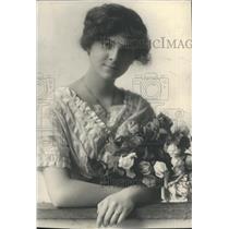 1913 Press Photo Mrs. Edward Sebben, Wife of Businessman - XXB11841
