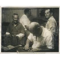 Press Photo Workers Prepare Cigars In Factory In Tampa Florida - RSH81825