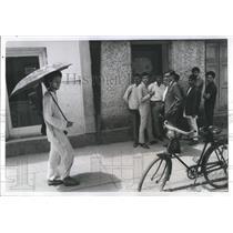 1968 Press Photo Katmandu Nepal Erwin Orchek Umbrella Bicycle