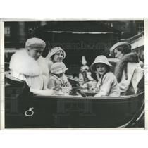 1934 Press Photo Queen England Duchess York Kent Princess Elizabeth Margaret