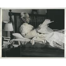 Press Photo Indian President Sarvapalli Radhakrishnan in bed at his palace
